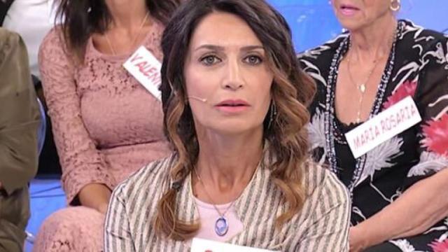 Uomini e Donne: Barbara su Rosario: 'Mi sono lasciata andare'