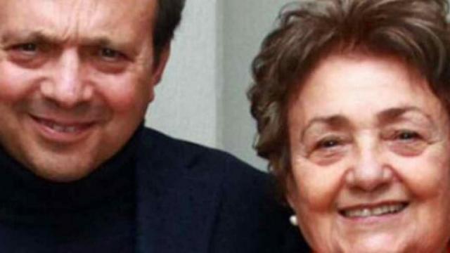 Chiambretti posta sui social il necrologio della mamma