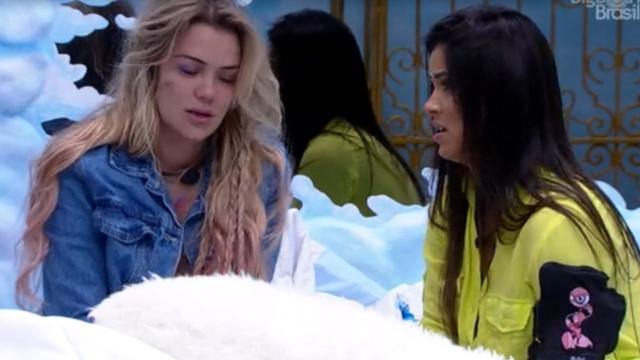 'BBB20': Ivy consola Marcela após vê-la triste pela eliminação do namorado