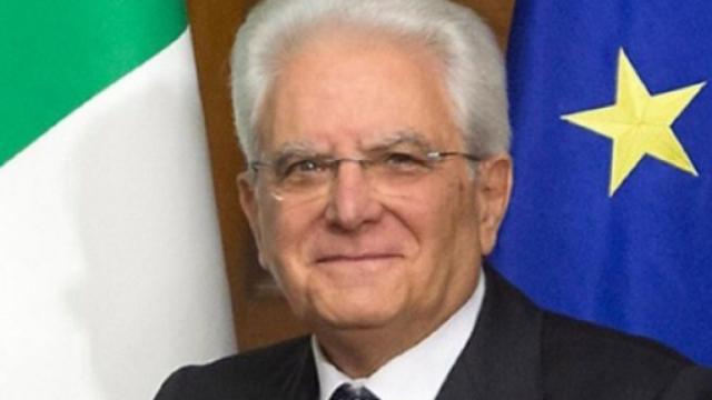 Covid-19, Mattarella firma il nuovo decreto: sanzioni fino a 3 mila euro