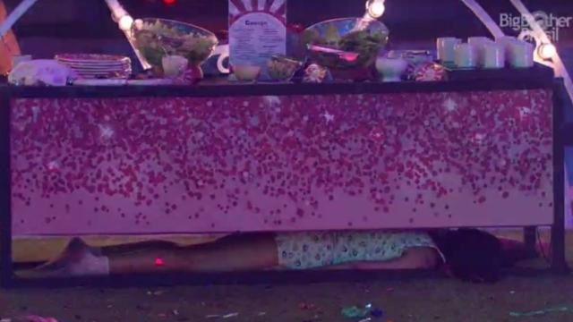 'BBB20': Flay é advertida, Prior se revolta e acusa cantora de jogar sujo
