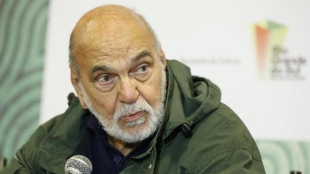 Com quase 90 anos, Lima Duarte manifesta indignação com as falas de Bolsonaro