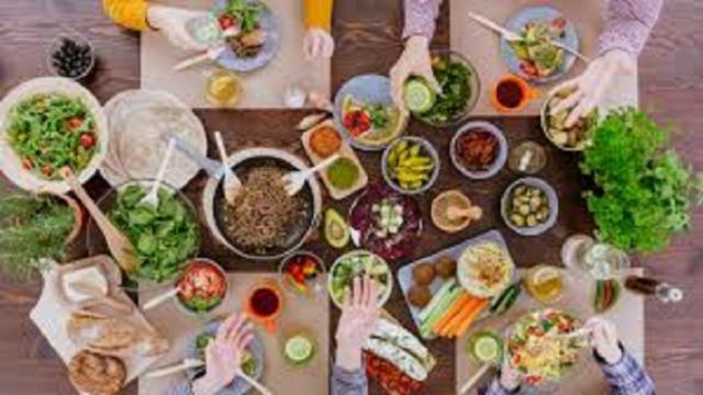 Confinement : Ce qu'il faut manger pour rester sain