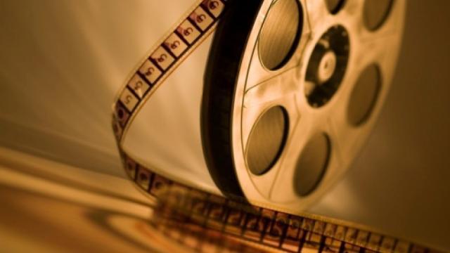 5 film in prima serata da guardare domenica 29 marzo: tra questi anche Bella da morire
