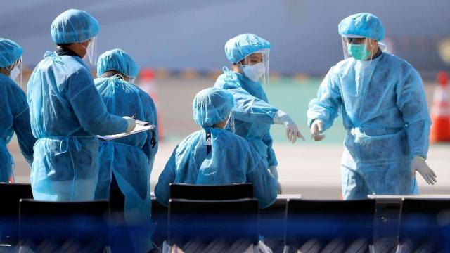 Bari, volontari accudiscono i figli minorenni mentre i genitori sono in ospedale