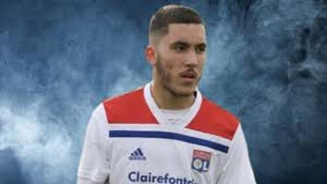 Rayan Cherki pourrait succéder à Karim Benzema au Real Madrid