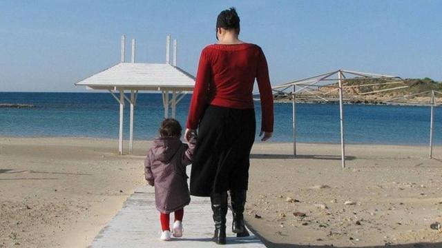 Covid-19: bambini, anziani e disabili potranno essere accompagnati da una sola persona