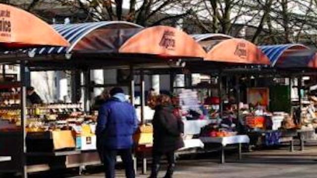 Coronavirus, la Francia riapre un quarto dei mercati alimentari