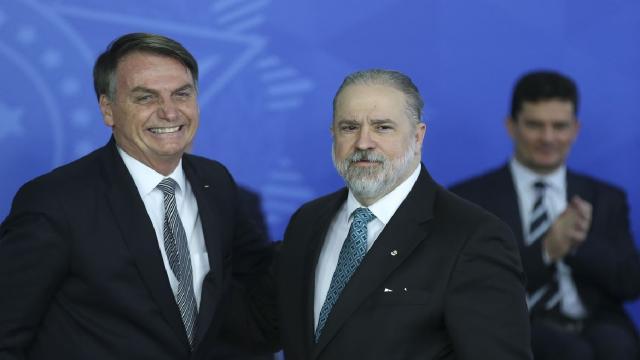 Augusto Aras diz usar a Justiça se necessário contra Jair Bolsonaro