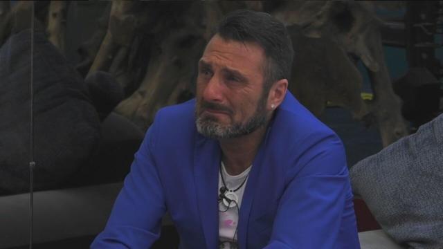 GF Vip, Sossio contro Teresanna: 'Mi ha chiamato cane'