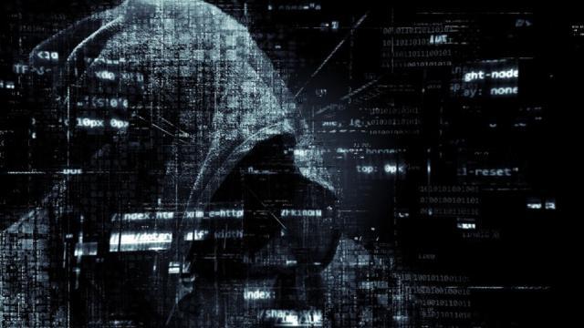 Inps: al via le richieste per i 600 euro di bonus ma il sito va in tilt, Conte 'Hacker'