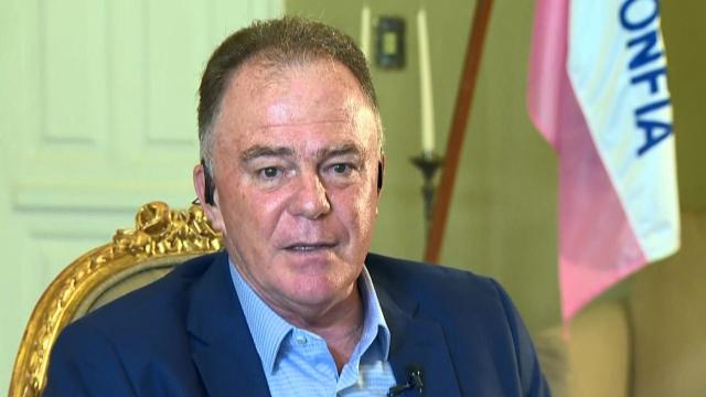 Renato Casagrande, governador do ES, ataca Bolsonaro com fortes declarações