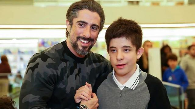 Marcos Mion fala sobre o autismo do filho Romeu: 'me motiva'