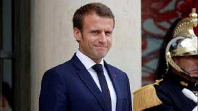 Coronavirus : L'état de santé d'Emmanuel Macron inquiète Mélenchon