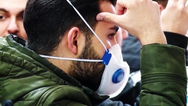 El Gobierno pedirá que usen mascarilla en la calle a los españoles