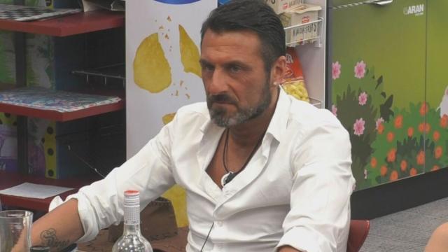 GF Vip, Sossio Aruta sui concorrenti eliminati: 'sono usciti tutti quelli che volevo'