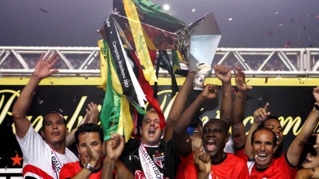 Os cinco times com mais vitórias no Brasileirão de pontos corridos