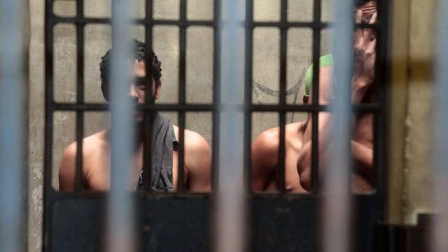Covid-19: Aproximadamente 10 mil presos podem precisar de UTI no Brasil