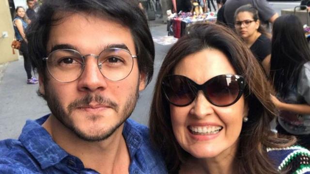 Fátima Bernardes recebe declaração de namorado: 'cada minuto importa'