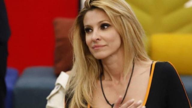 GF Vip4: Adriana Volpe non segue più suo marito sui social