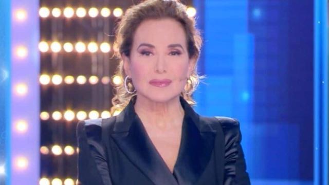 Barbara D'Urso cambia look dopo le critiche