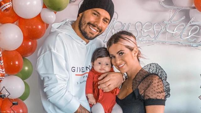 Carla Moreau enceinte pour la 2ème fois, elle réagit enfin : 'Ce n'est pas prévu'