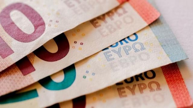 Prestiti alle imprese più veloci e sospensione delle tasse e dei contributi