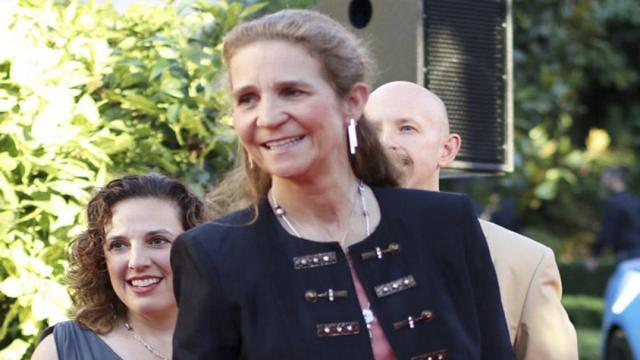 Los escoltas de Elena de Borbón aseguran que no guarda el confinamiento