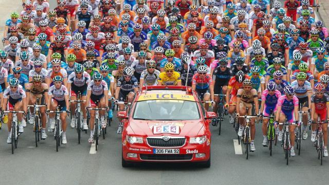 Tour de France: si pensa al rinvio di 4 settimane mentre il Fiandre guarda a settembre