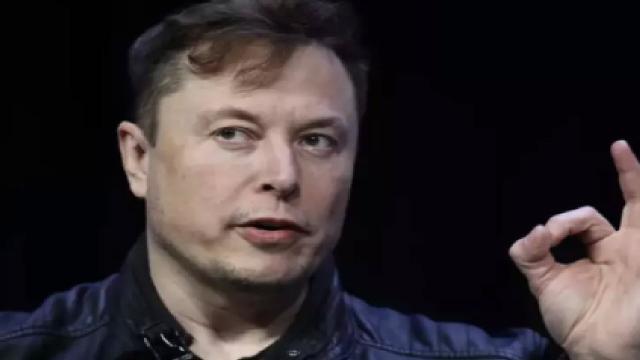 Coronavirus, la Tesla di Elon Musk ha cominciato a produrre ventilatori