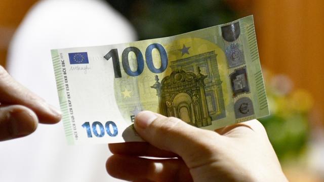 A partire dal mese di aprile bonus di 100 euro per i lavoratori