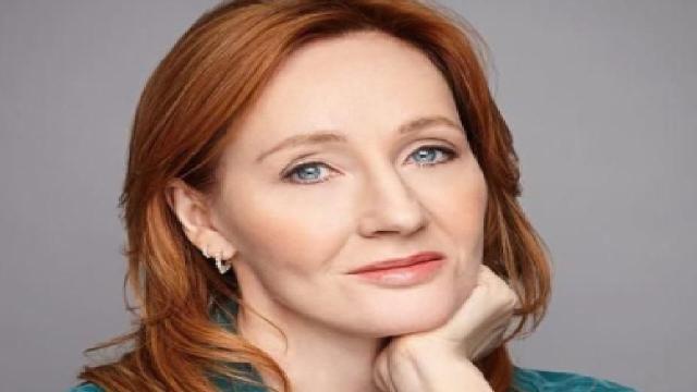Coronavirus, JK Rowling rassicura i fans: 'sono stata male ma sono guarita'