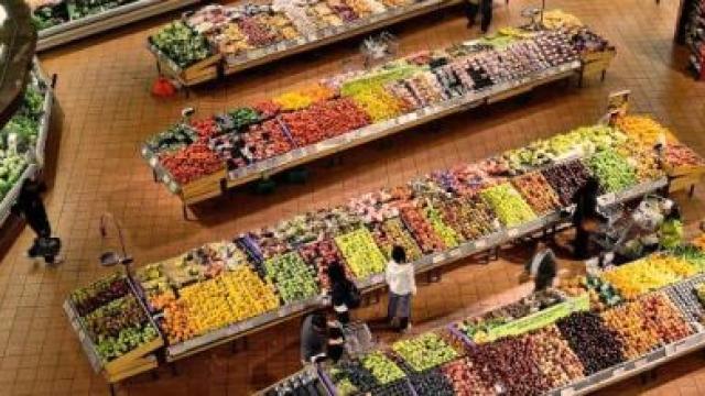 Coronavirus : 5 produits qui ont vu leurs prix exploser dans les supermarchés