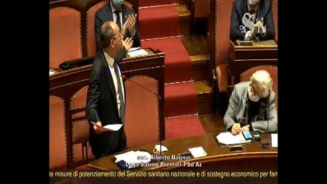Cura Italia, Tensione nell'aula del Senato sul voto di fiducia