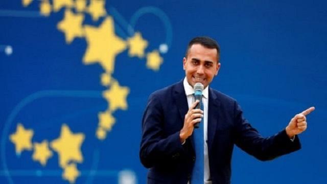 M5S: la Merkel si dissoci dal pezzo del Die Wiel su mafia italiana ed eurobond