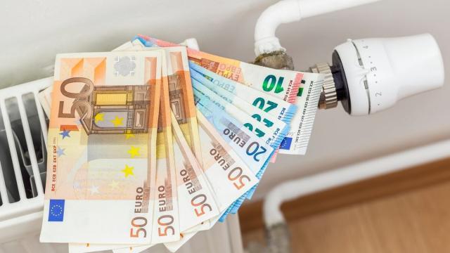 Aumento consumi, risparmiare con Enel Energia: bonus e sconti per affrontare l'emergenza