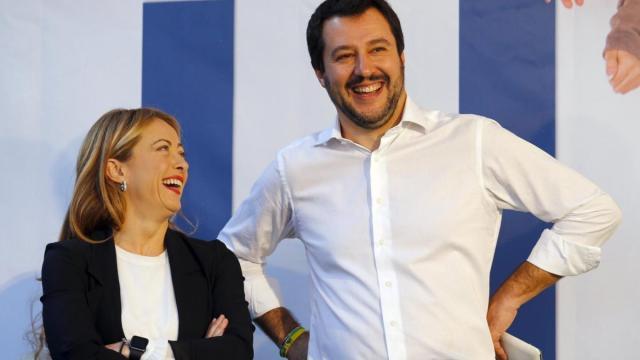 Matteo Salvini e Melone contro Conte, urlano la svendita del nostro Paese