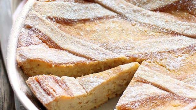 Ricette, la pastiera napoletana e il suo significato sulle strisce di pasta frolla