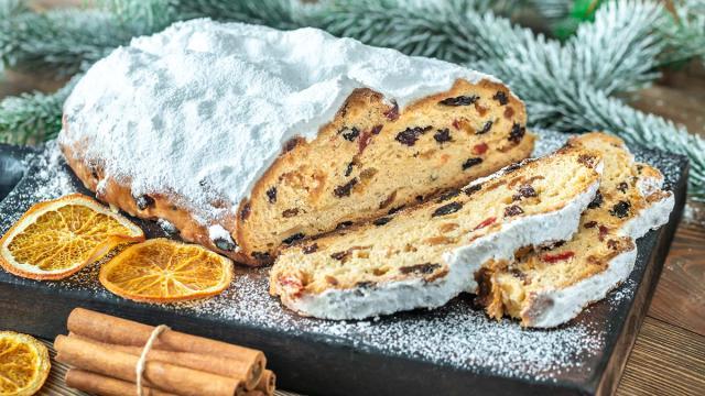 Ricette, lo Stollen tedesco è un dolce tradizionale della pasticceria d'oltralpe