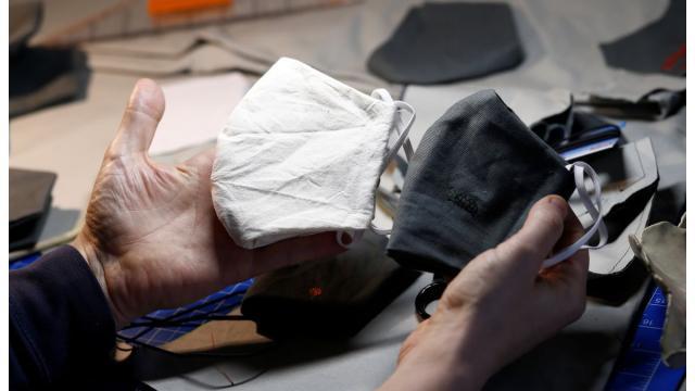Polícia prende quadrilha de chineses que vendiam testes roubados
