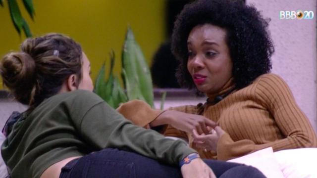'BBB20': Thelma lamenta e desabafa que sempre temeu parecer desleal