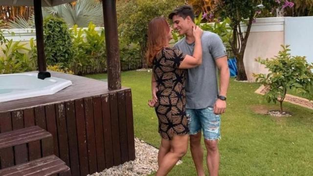 Tiago Ramos, atual namorado da mãe de Neymar já se relacionou com Carlinhos Maia