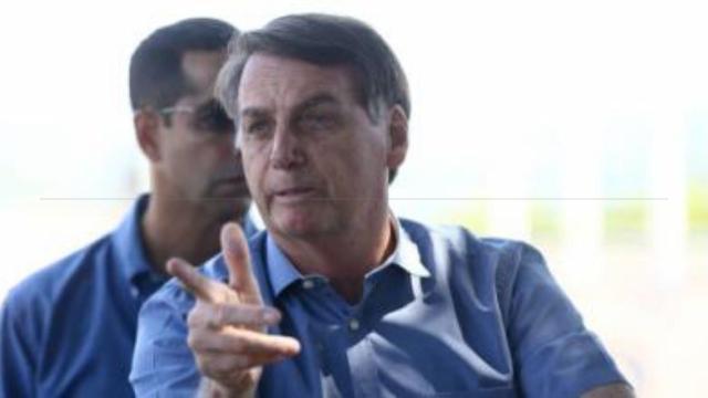 Irritado, Presidente diz que não assiste a Globo após fala de Mandetta