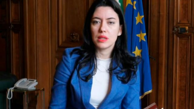 Scuola, graduatorie d'Istituto, il Ministro Azzolina: