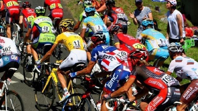 Ciclismo: Tour de France dal 29 agosto, Giro d'Italia a ottobre e poi le classiche