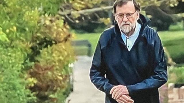 La Sexta destapa que Mariano Rajoy sale a caminar rápido en su urbanización