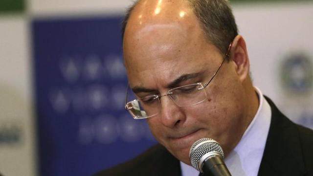 Governador do Rio, Wilson Witzel, afirma que está com coronavírus