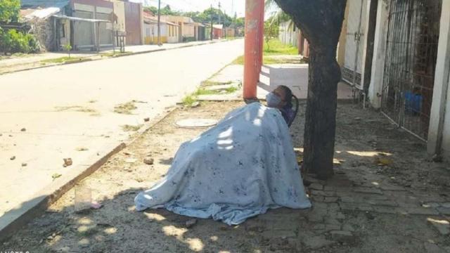 Após sintomas da Covid-19, boliviana é abandonada nas ruas por seu marido