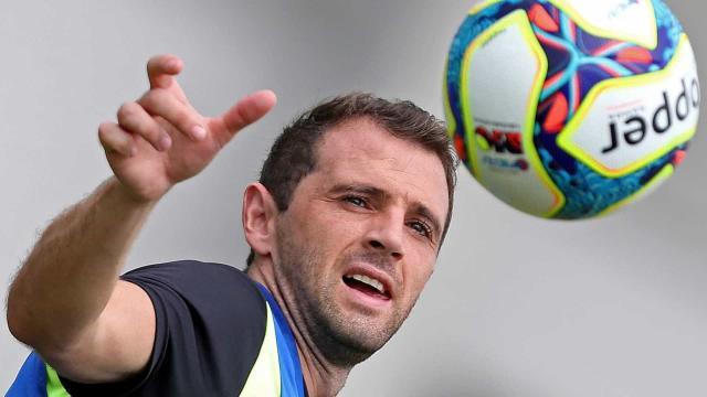 Mãe de ex-jogador do Cruzeiro testa positivo para o coronavírus