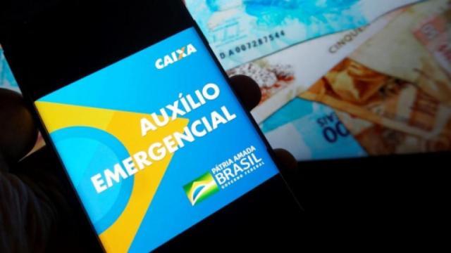 Caixa diz que cidadão pode corrigir formulário para receber auxílio emergencial